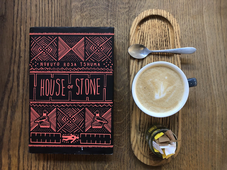 House of Stone, livro do Zimbábue